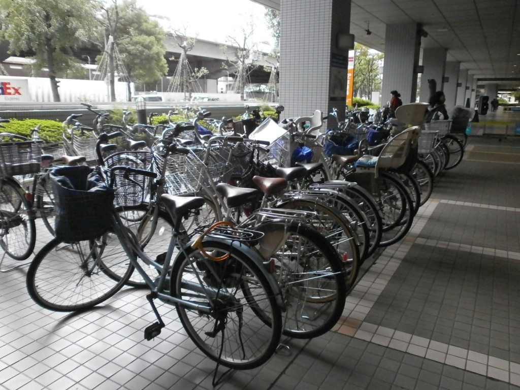 弁天町市税事務所駐輪場の画像