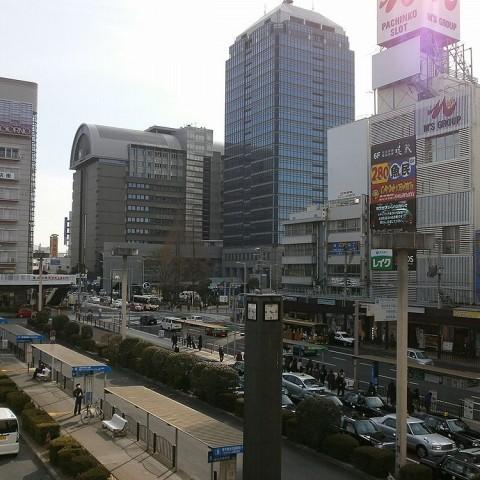 堺東駅から堺市役所の景色