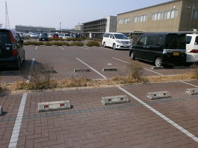 奈良運輸支局駐車場