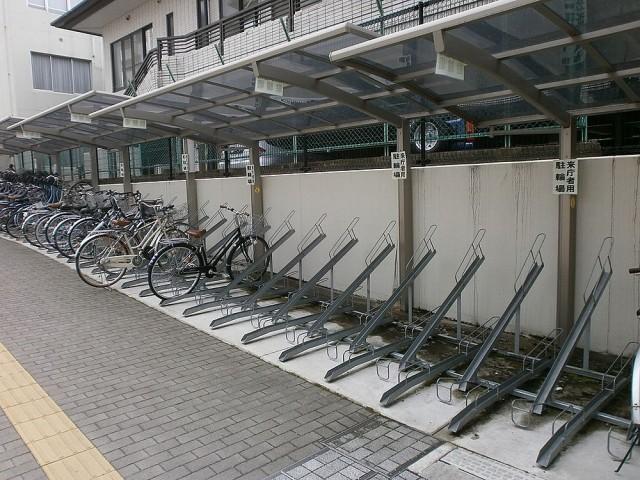伏見区役所自転車置き場