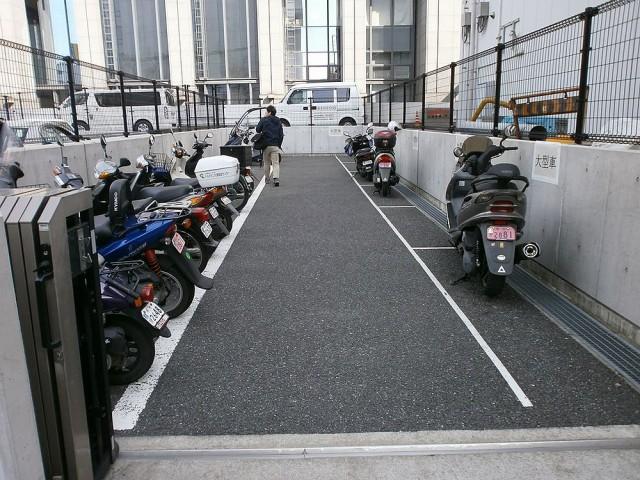 堺市役所バイク置き場