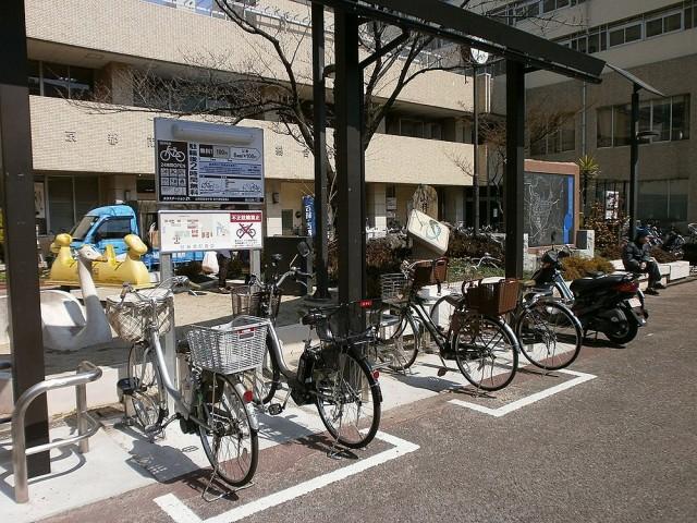 山科区役所自転車置き場