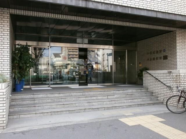 中京区役所正面玄関