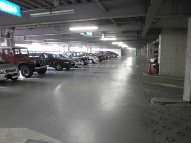 西宮市役所前公共駐車場