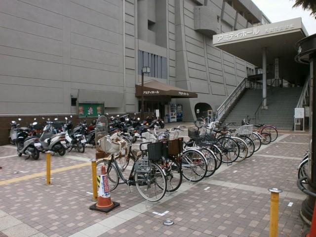 西宮市役所駐輪場