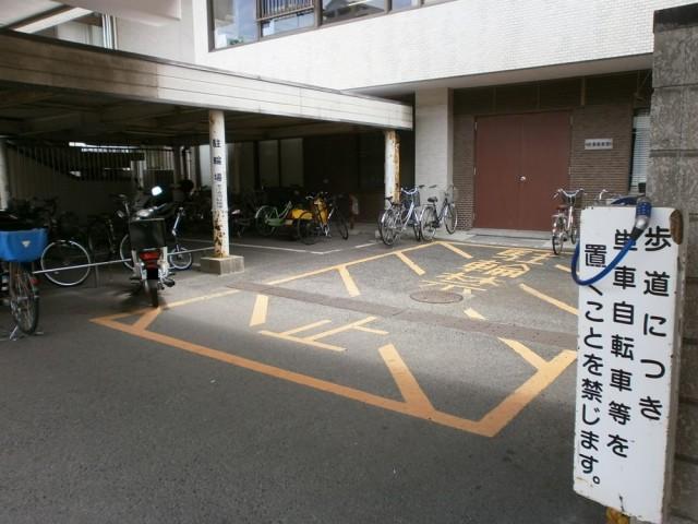 明石市役所駐輪場