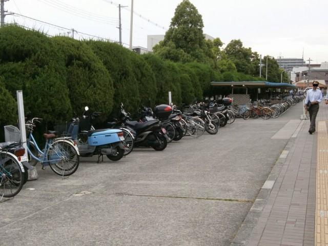 尼崎市役所駐輪場