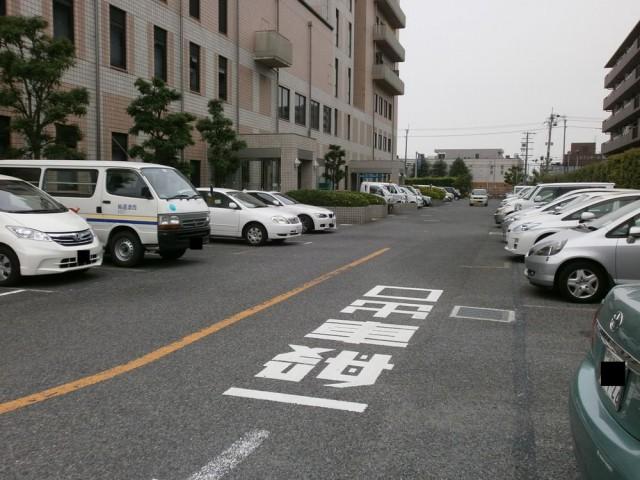 堺市西区役所 駐車場