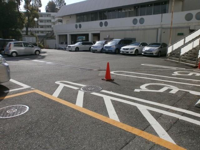 神戸市北区役所駐車場画像