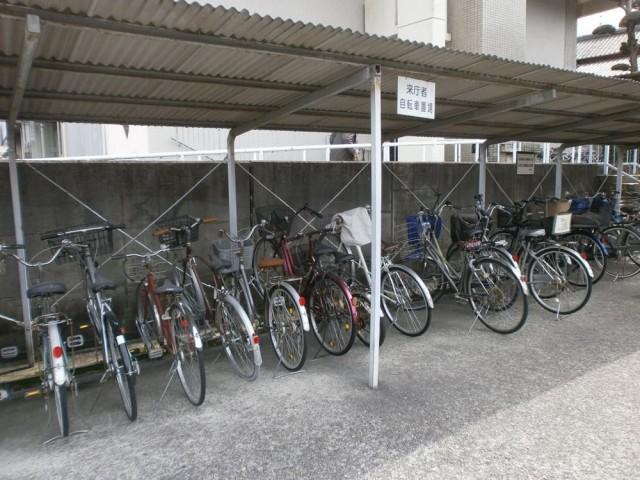 交野市役所 駐輪場