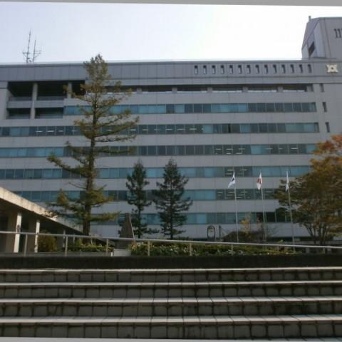 亀岡市役所外観