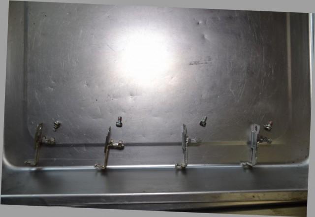 カワサキゼファー400フロート下部の金具が外れました