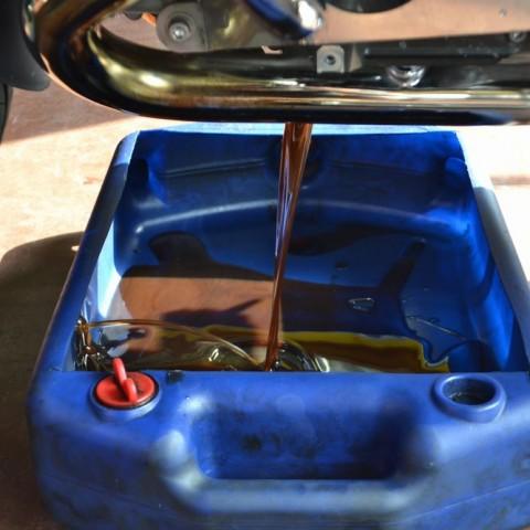BMW R1200RT エンジンオイルとフィルター交換